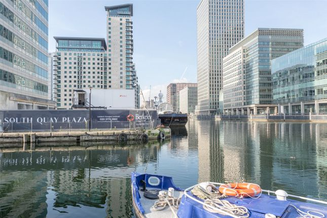 Thumbnail Flat for sale in South Quay Plaza, 183 – 185 Marsh Wall, Canary Wharf, London