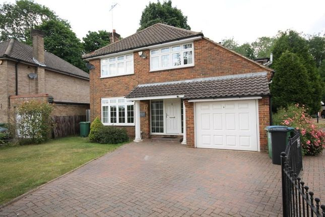 4 bed detached house to rent in Denewood Close, Watford