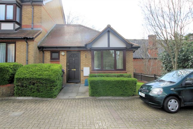 Thumbnail Property for sale in Harrison Court, Harrison Close, Hitchin, Hertfordshire