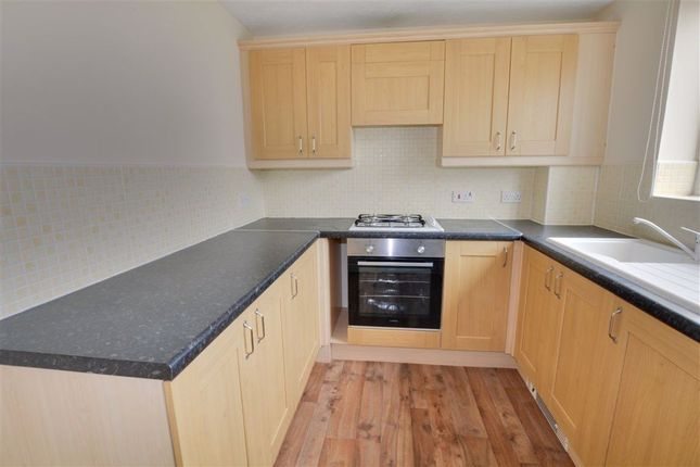 Thumbnail Town house to rent in Hayfield Way, Ackworth, Pontefract