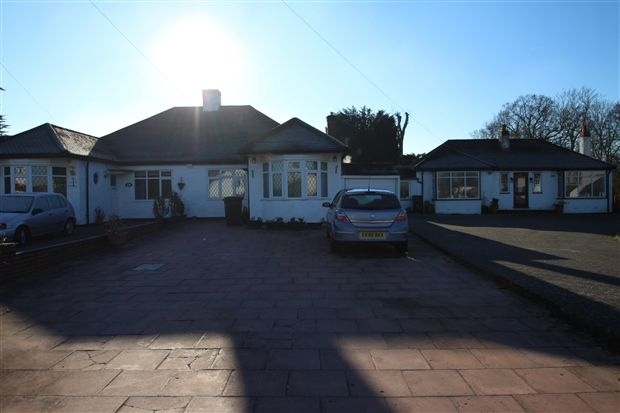 Thumbnail Bungalow for sale in Tower View, Shirley, Croydon