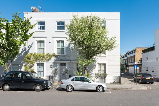 Thumbnail End terrace house to rent in Queensdale Road, Holland Park