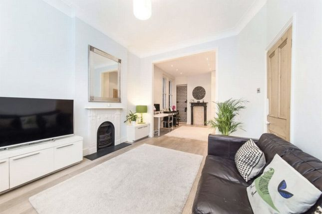 Thumbnail Terraced house for sale in St Ann's Hill, Earlsfield