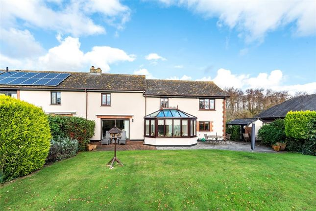 4 bed end terrace house for sale in Hawkerland Road, Colaton Raleigh, Sidmouth, Devon EX10