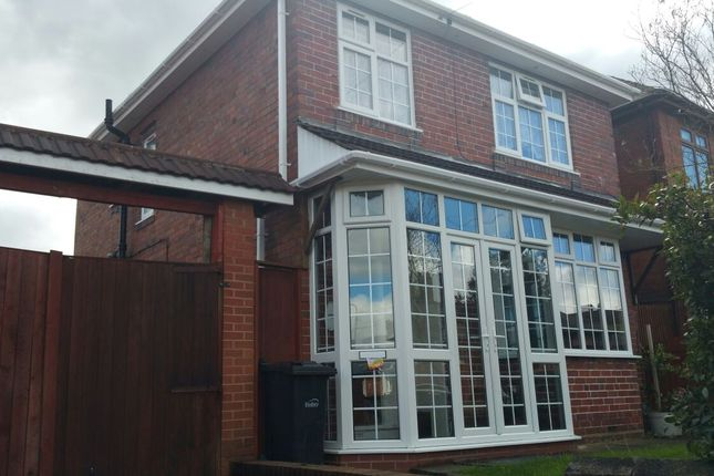 3 bed semi-detached house to rent in Green Lane, Dudley