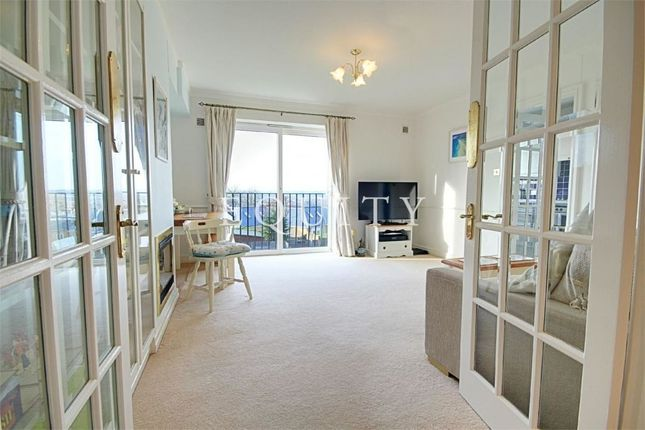 Thumbnail Flat for sale in Fiona Court, The Ridgeway, Enfield