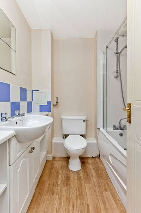 Bathroom of Blandfield, Edinburgh EH7