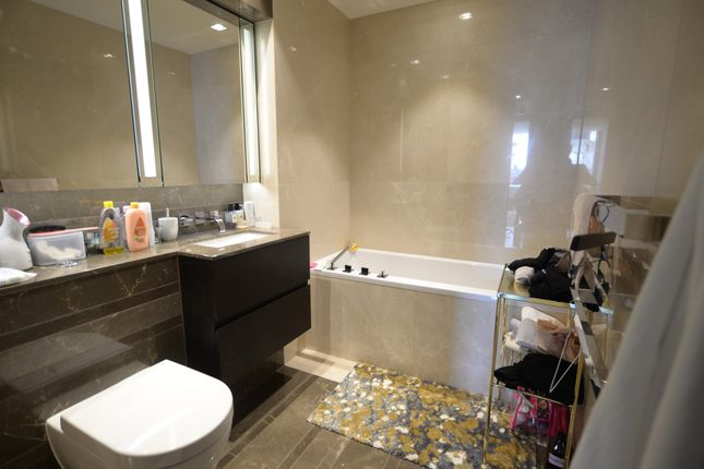 Thumbnail Terraced house to rent in Balmoral House, Earls Way, London