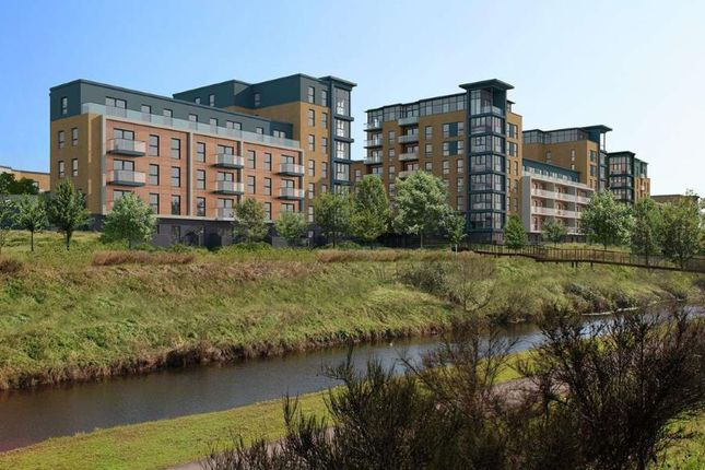 Thumbnail Flat for sale in Lindisfarne Way, Reading