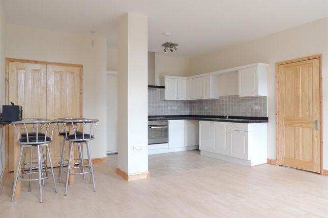 Living Room / Diner / Kitchen