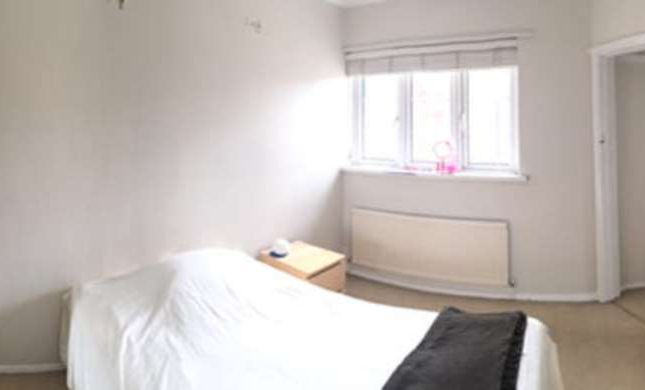 Room to rent in Upper Richmond Road West, East Sheen