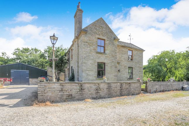 Thumbnail Detached house for sale in Melandra, Glossop
