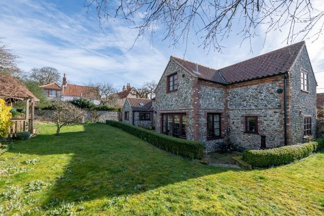 Thumbnail Cottage for sale in Taylors Loke, Cley, Holt