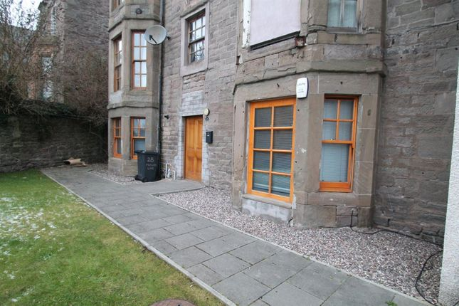 Thumbnail Flat to rent in Mcvicars Lane, Dundee