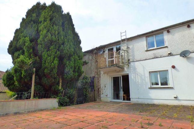 Thumbnail Flat to rent in Richmond Terrace, Carmarthen, Carmarthenshire