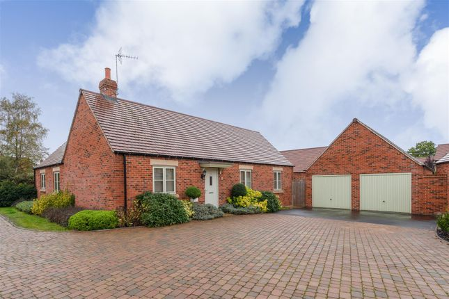 Thumbnail Detached bungalow for sale in Cornflower Road, Moreton In Marsh, Gloucestershire