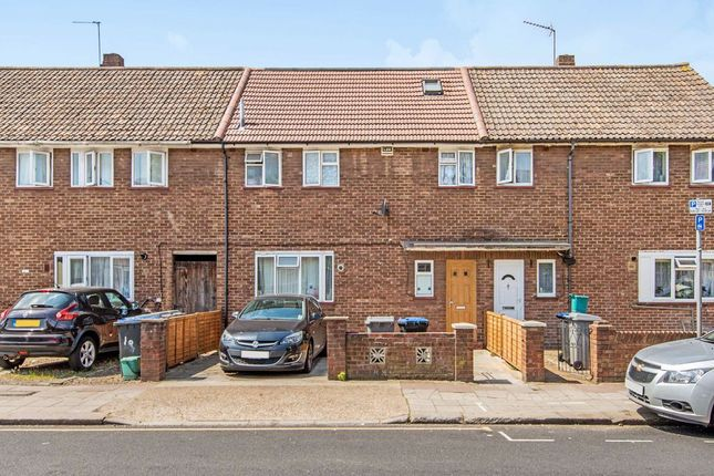 5 bed flat for sale in Roundwood Road, London NW10