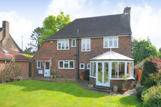 Thumbnail Detached house to rent in Fox Hill, Haywards Heath