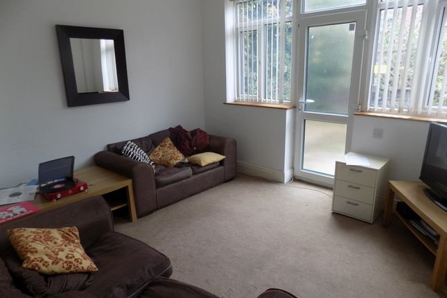 Thumbnail Shared accommodation to rent in Alderson Place, Sheffield