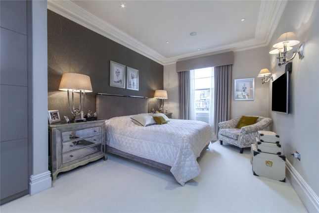 Master Bedroom of Formosa Street, Little Venice, London W9