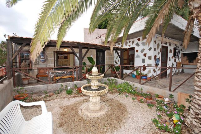 Thumbnail Country house for sale in Arico, Tenerife, 38580
