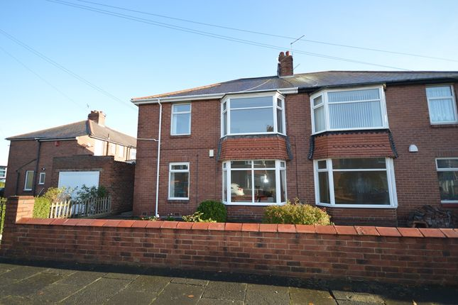 2 bed flat to rent in Lynn Road, Wallsend NE28
