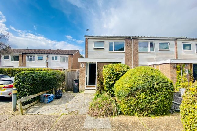3 bed end terrace house to rent in Hartscroft, Linton Glade, Forestdale CR0