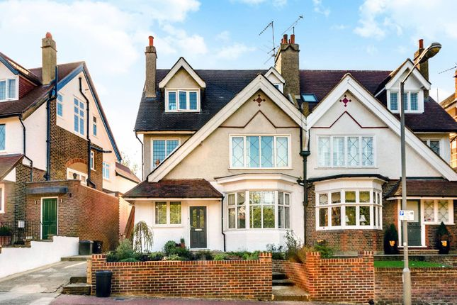Thumbnail Flat to rent in Rodway Road, Putney