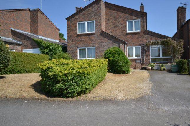 Thumbnail Property to rent in Eyres Close, Ewelme, Oxon