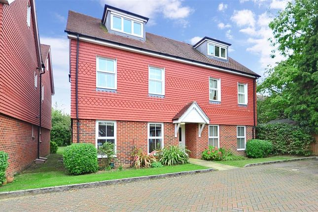 2 bed flat for sale in Linfield Lane, Ashington, West Sussex
