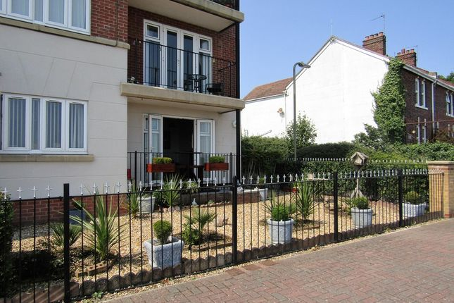 Thumbnail Flat to rent in Hermes Court, Hayling Close, Gosport