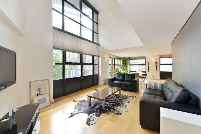 Thumbnail Flat to rent in City Pavilion, 33 Britton Street, Farringdon, London