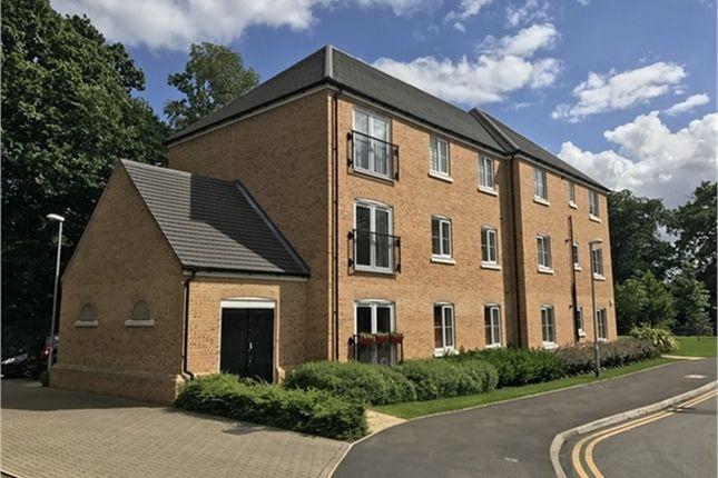 Thumbnail Flat to rent in 107 Waratah Drive, Chislehurst, Kent