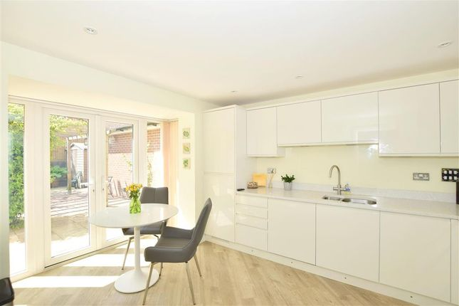 Thumbnail Detached house for sale in Loxfield Close, East Grinstead, West Sussex