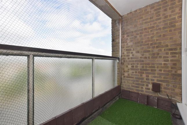 Thumbnail Flat for sale in Littlehampton Road, Worthing, West Sussex