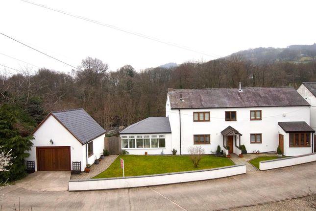 Thumbnail Detached house for sale in Pentrefelin, Llangollen