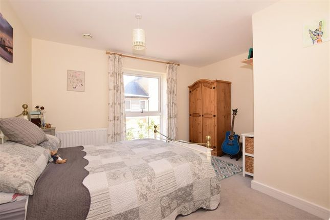 Bedroom of Portsdown Hill Road, Havant, Hampshire PO9