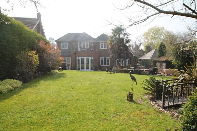 Thumbnail Detached house for sale in The Comp, Eaton Bray, Bedfordshire