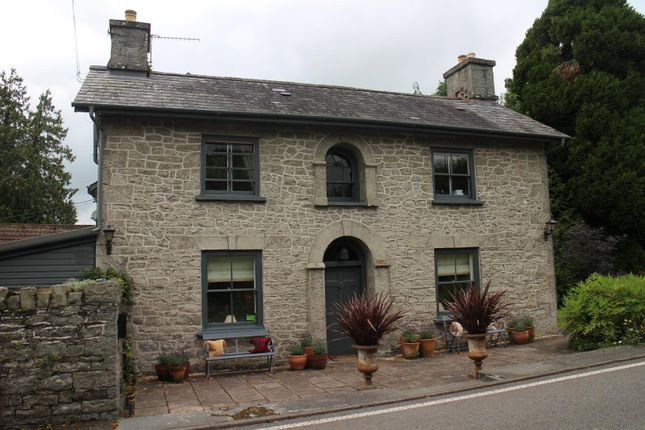 Thumbnail Hotel/guest house for sale in Builth Wells, Powys