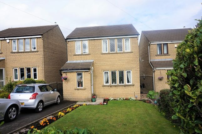 Thumbnail Detached house for sale in White Lee Road, Heckmondwike
