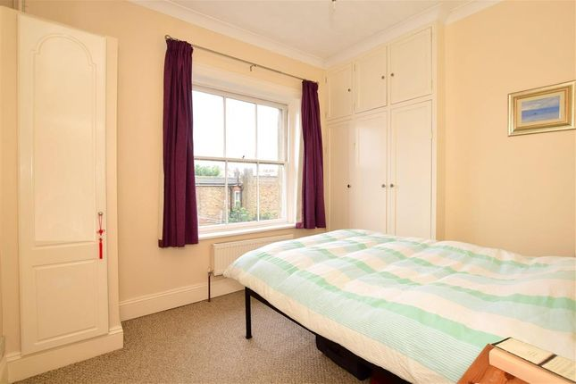 Thumbnail Flat for sale in Goldsmid Road, Hove, East Sussex