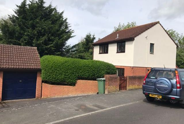 3 bed detached house to rent in Rowley Road, Glastonbury