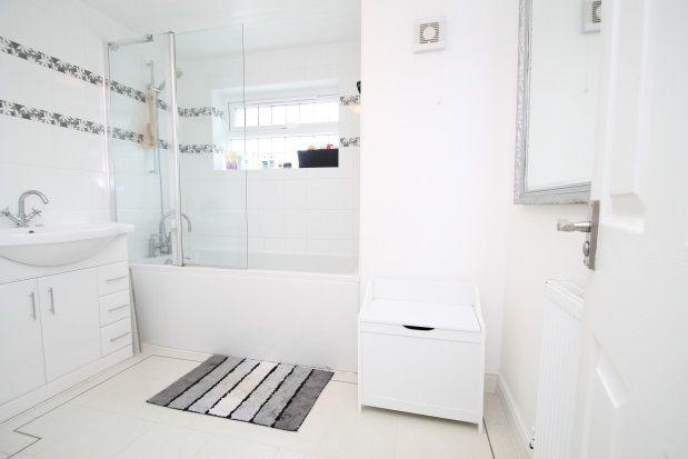 Studio Room For Rent In Dartford