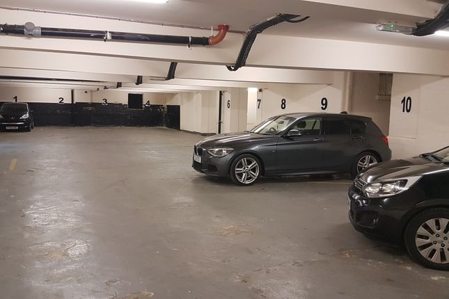 Parking/garage to rent in Upper Brown Street, Leicester