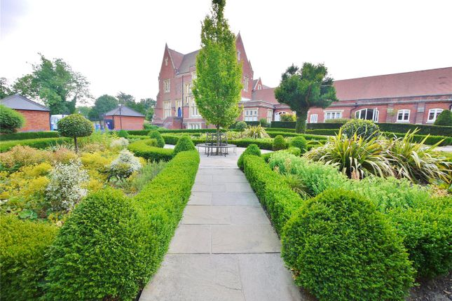 Thumbnail Flat for sale in London Court, The Galleries, Warley, Brentwood