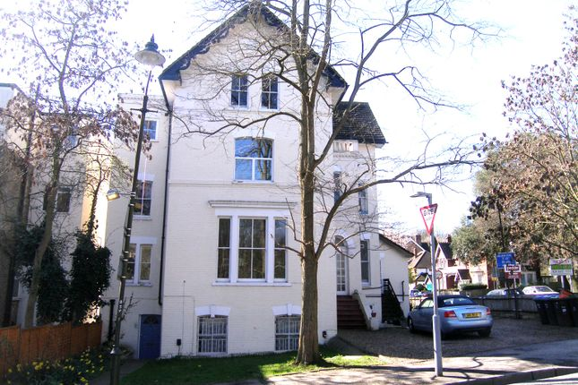 Flat for sale in Belvedere Road, Crystal Palace