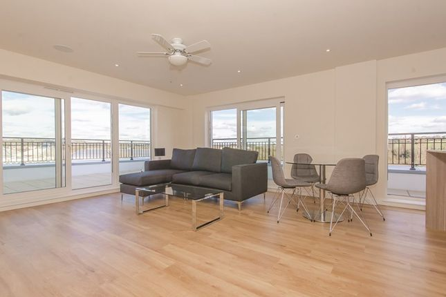 Thumbnail Flat to rent in Golding House, 11 Beaufort Square, London, Greater London