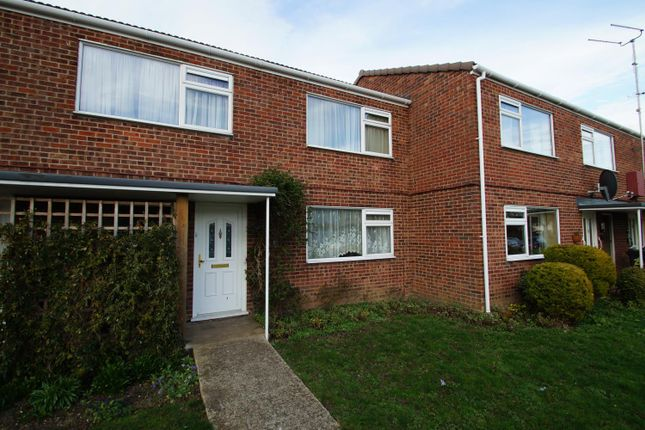 1 bed flat to rent in Wittonwood Road, Frinton On Sea, Essex CO13