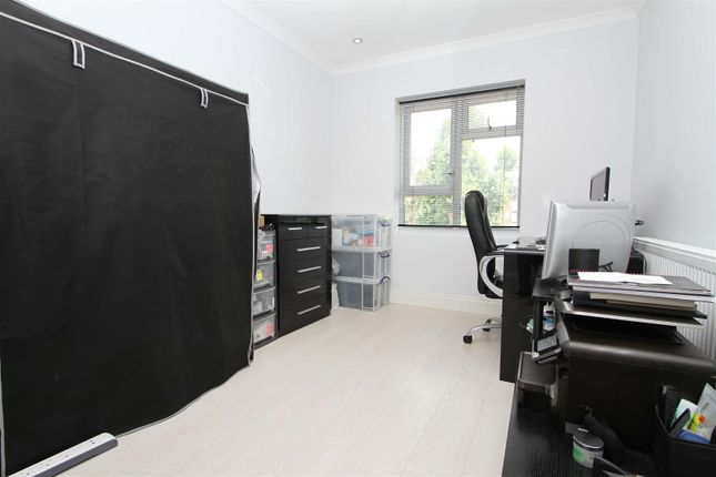 Bedroom of Antoneys Close, Pinner HA5