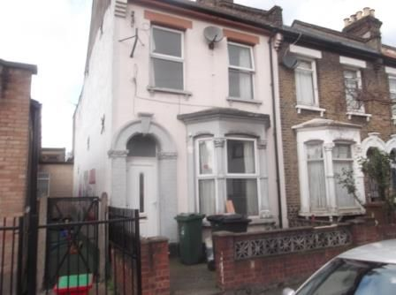 Thumbnail Detached house to rent in St Marys Road, Leyton
